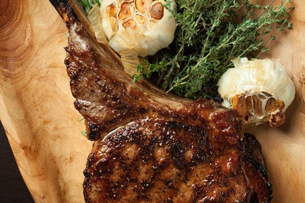 Gallery Image - Beautiful Rustic Steak with Garlic